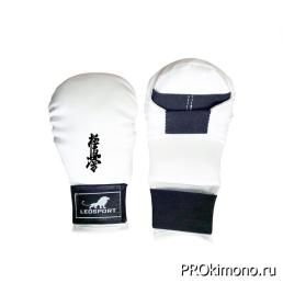 Перчатки детские для карате Киокушинкай закрытые белые кандзи черный искусственная кожа