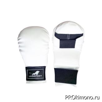 Перчатки детские для карате закрытые белые искусственная кожа